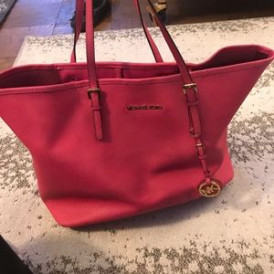 Michael Kors Pink Bag GUC